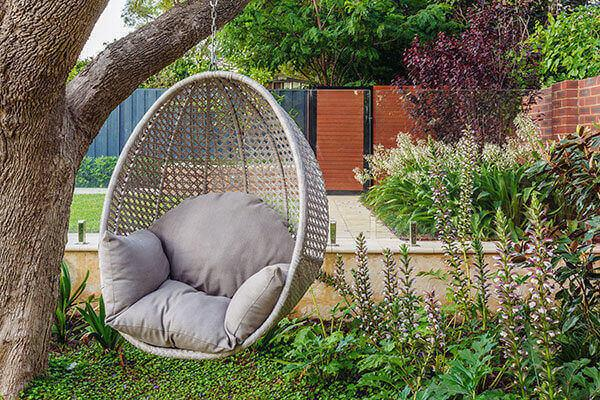 Eco-Geek Environment - 6 Sustainably Serene Ideas to Incorporate Into Your Landscaping Design